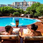 استخر روباز هتل آف باکو