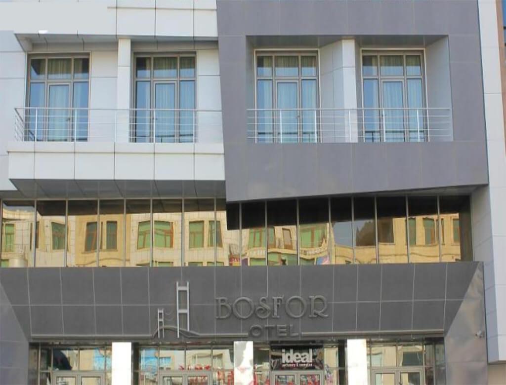 تصویری از ساختمان هتل بسفر باکو