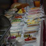 صبحانه سلف سرویس هتل کنسول باکو