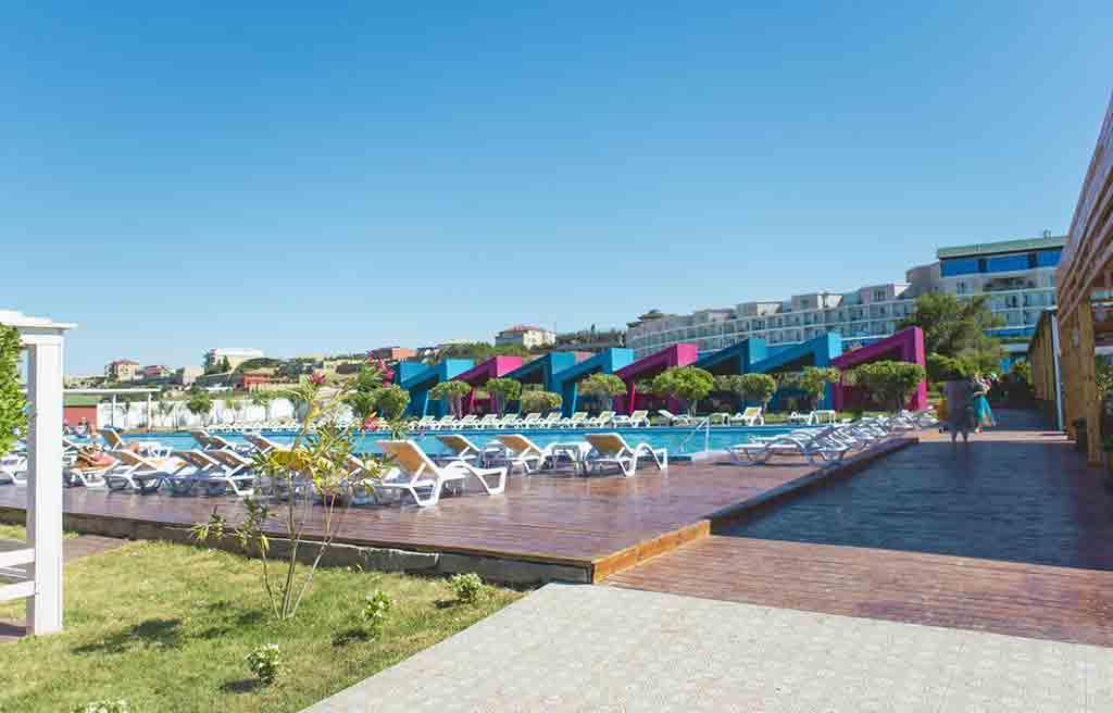 af-hotel-pool-5