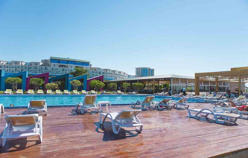 af-hotel-pool-8