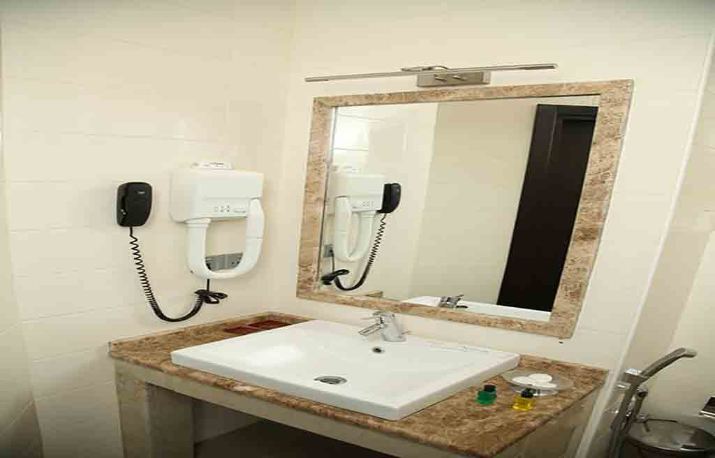 سرویس بهداشتی اتاق های هتل بسفر باکو