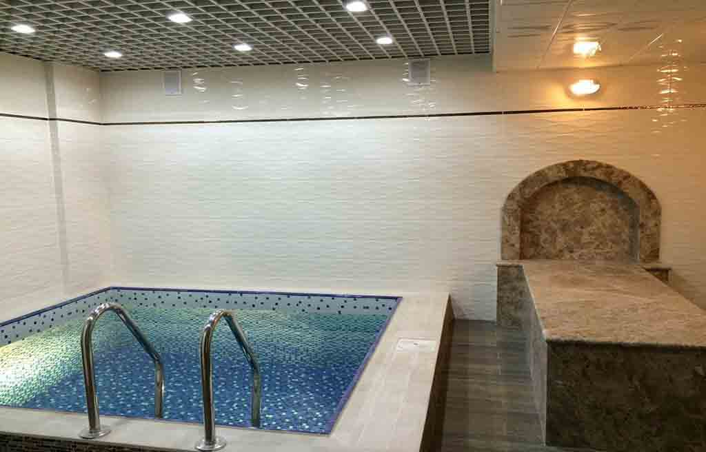 جکوزی هتل بسفر باکو
