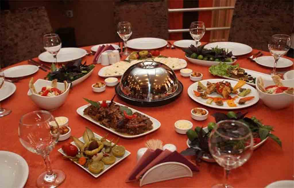 رستوران هتل بسفر باکو