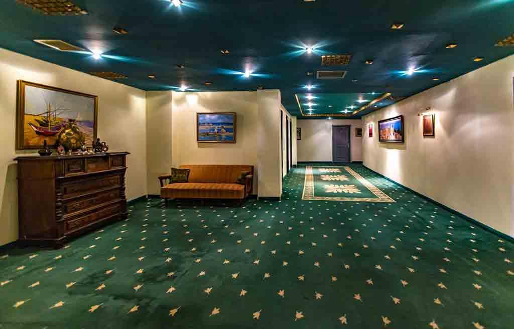 caspian-palace-hotel-lobby-1