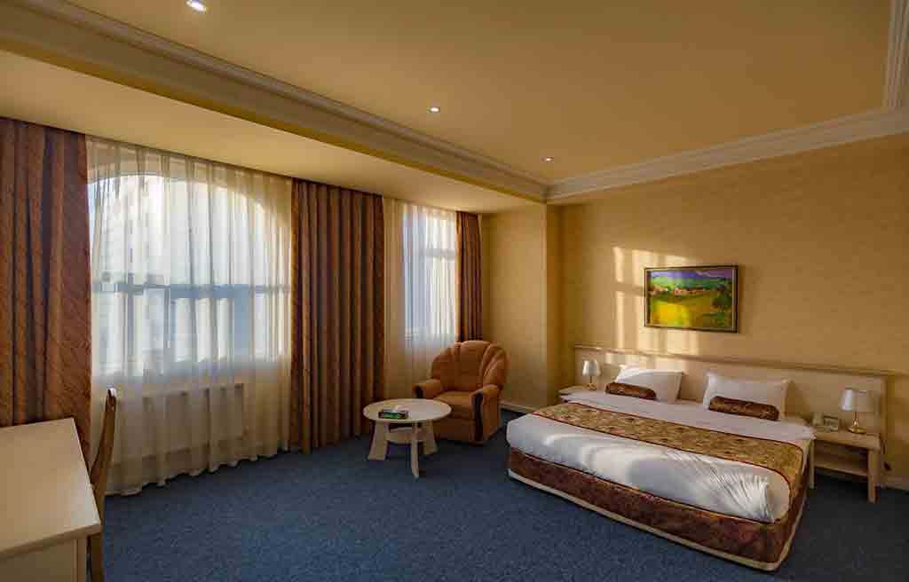 caspian-palace-hotel-rooms-8