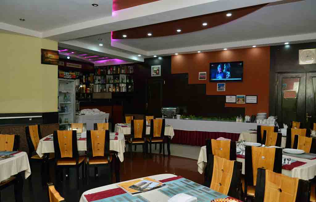 رستوران هتل کنسول باکو