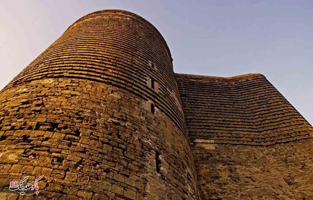 تصویری از برج دختر باکو