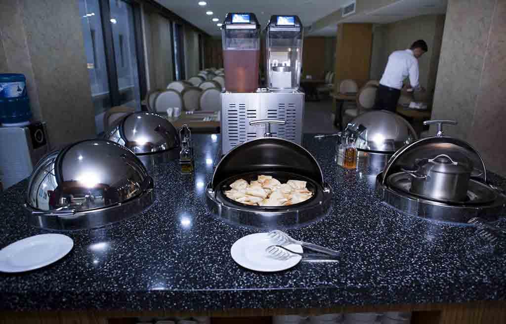 amara-hotel-breakfast-1