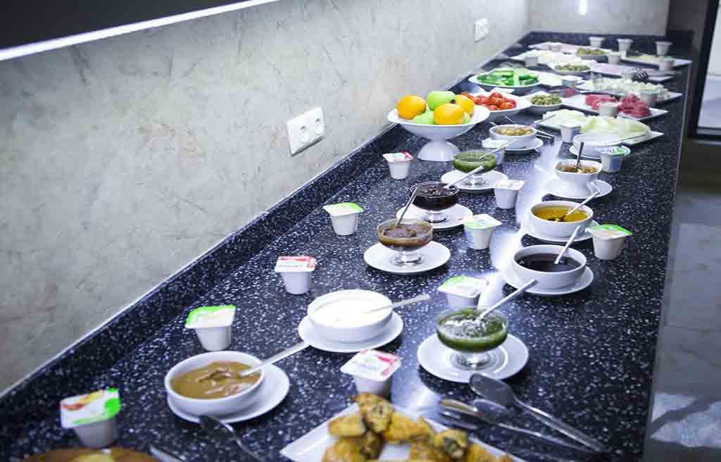 amara-hotel-breakfast-3