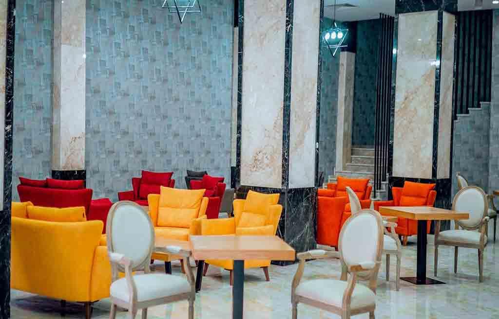 amara-hotel-lobby