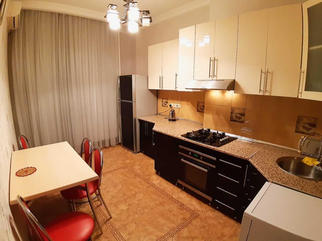 آشپزخانه آپارتمان شماره 1