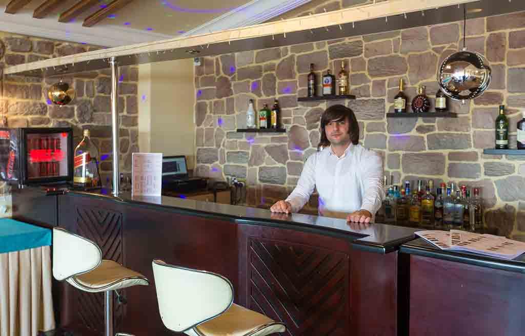 asena-hotel-bar