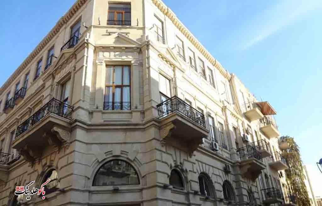 تصویری از ساختمان هتل آستین باکو
