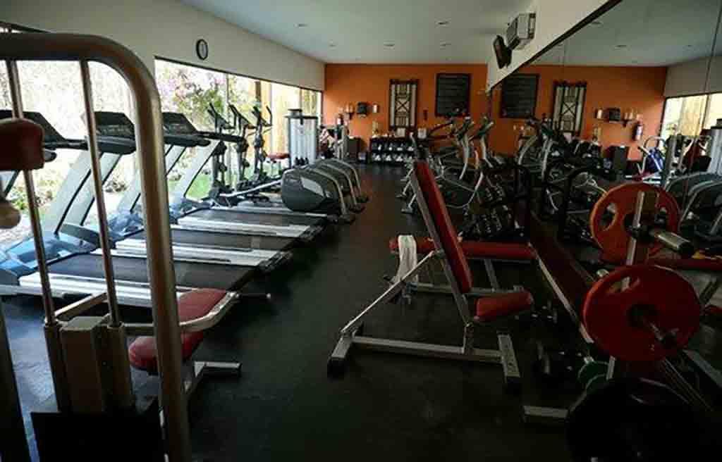 avand-hotel-gym-1
