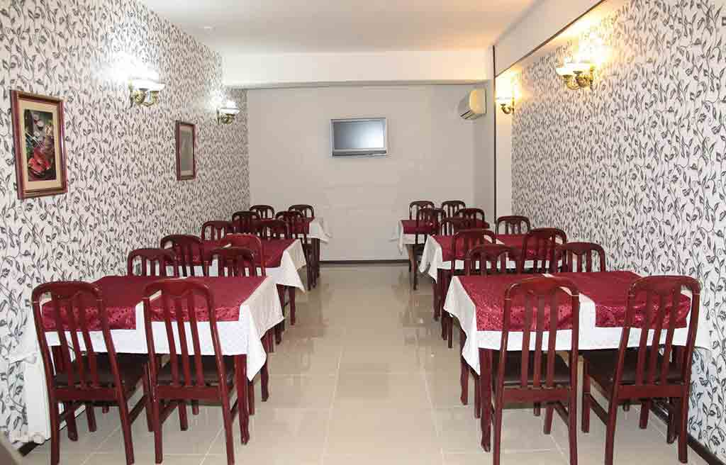 avand-hotel-restaurant
