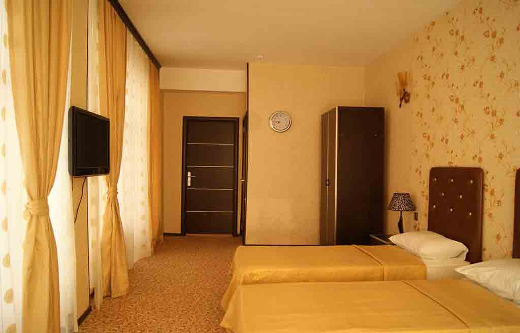 avand-hotel-rooms-1