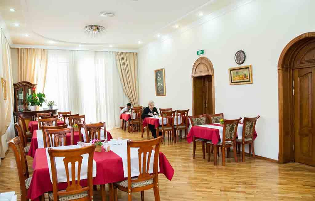 azcot-hotel-restaurant