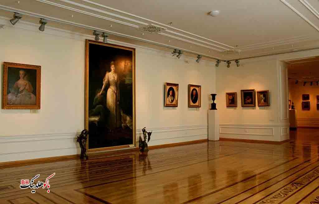 تصویری از داخل موزه هنر آذربایجان