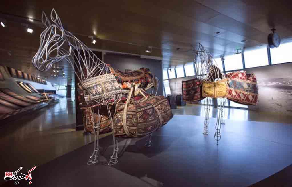 تصویری از آثار موجود در موزه فرش آذربایجان