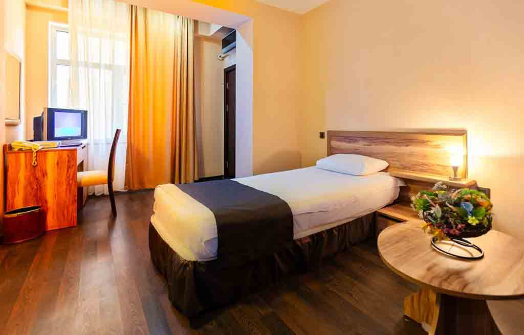 diplomat-hotel-rooms-5