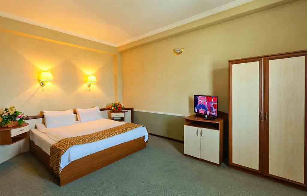 diplomat-hotel-rooms--7