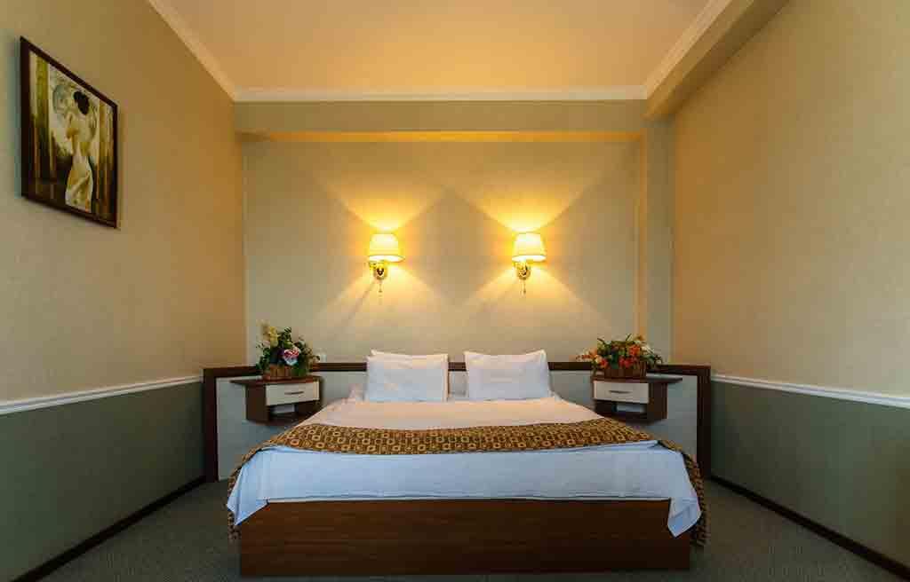 diplomat-hotel-rooms-7
