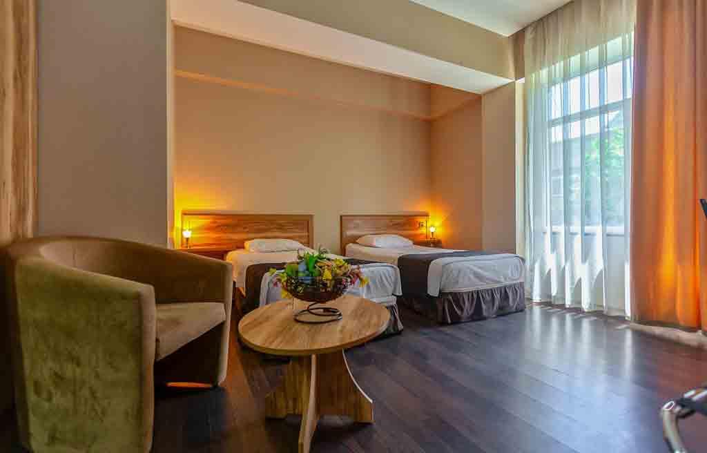 diplomat-hotel-rooms