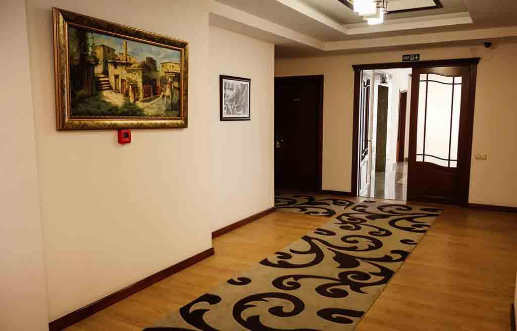 ganjali-plaza-hotel-inside