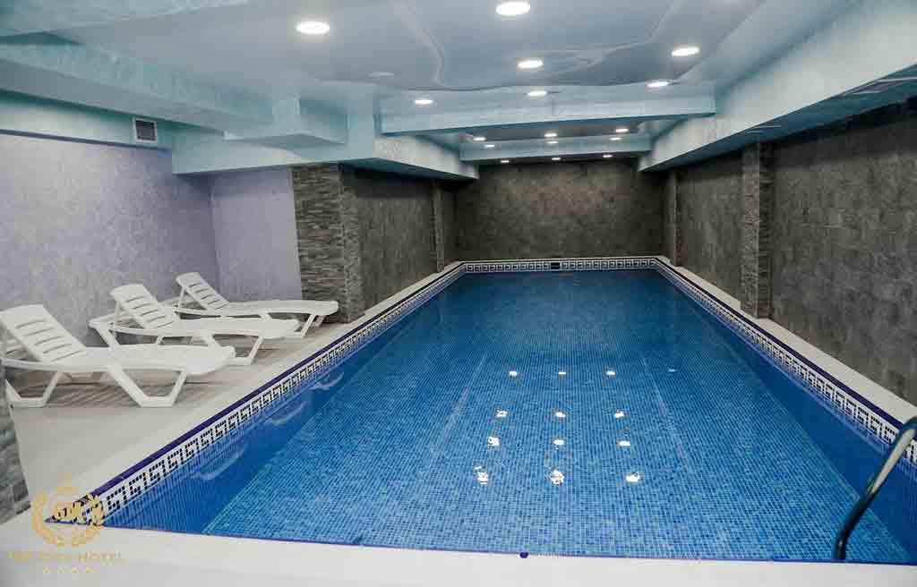 gm-city-hotel-pool