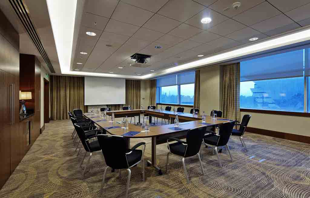 hilton-hotel-meeting-room