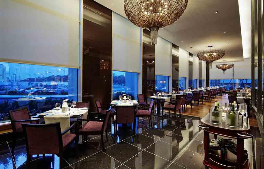 hilton-hotel-restaurant-1