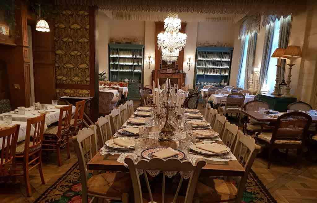 mari-vanna-restaurant-2