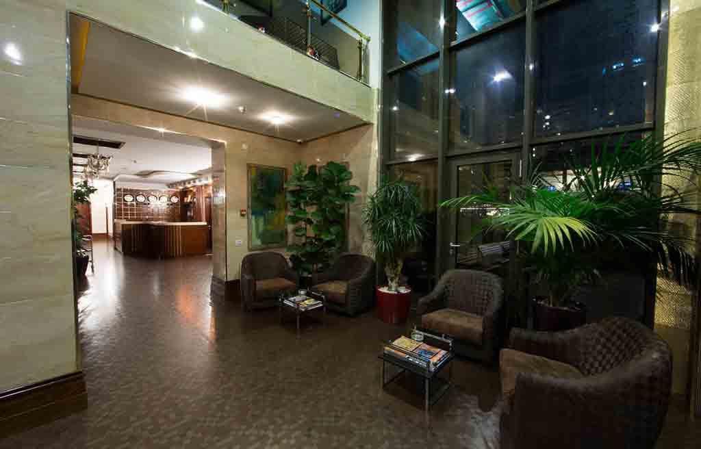 qafqaz-park-hotel-lobby-2