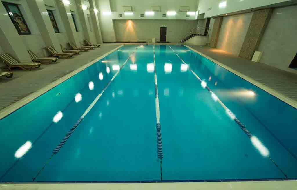 qafqaz-park-hotel-pool