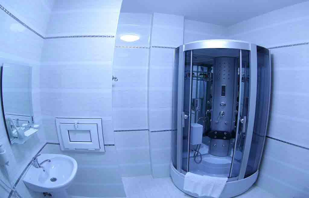 safran-hotel-bath