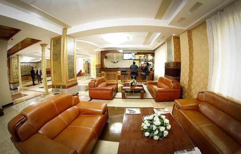 safran-hotel-lobby-1