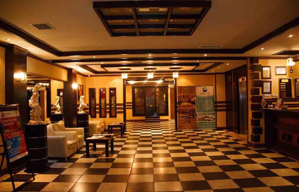 sunrise-hotel-lobby