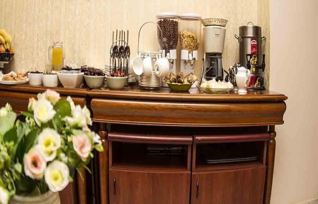 swan-hotel-breakfast
