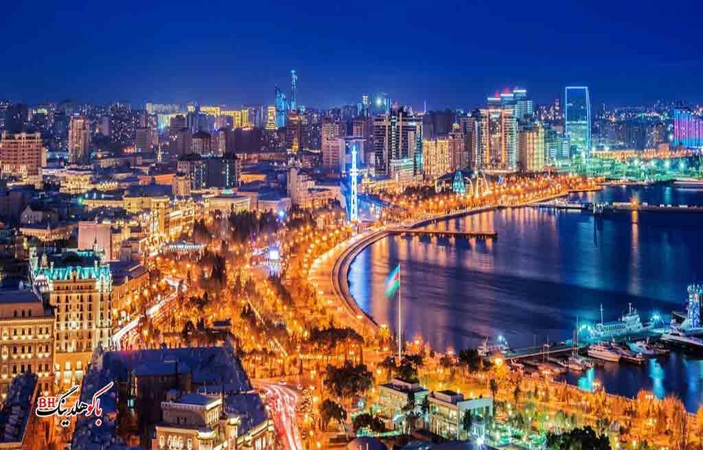 تصویری از بلوار باکو در شب