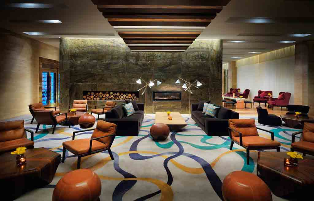 intourist-hotel-lobby