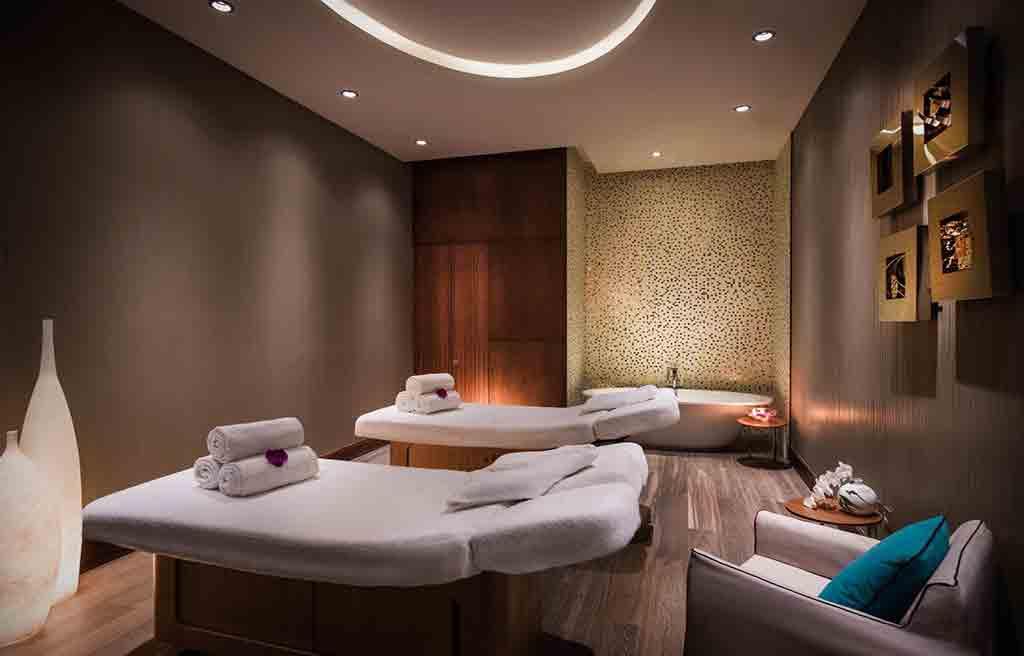 intourist-hotel-massage