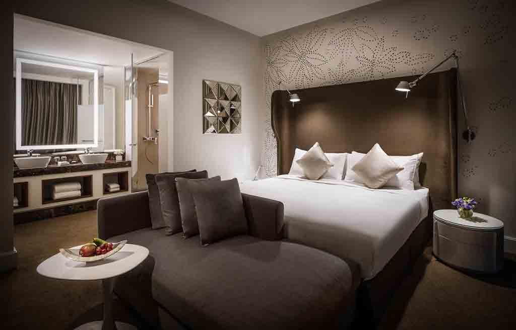 intourist-hotel-rooms-3
