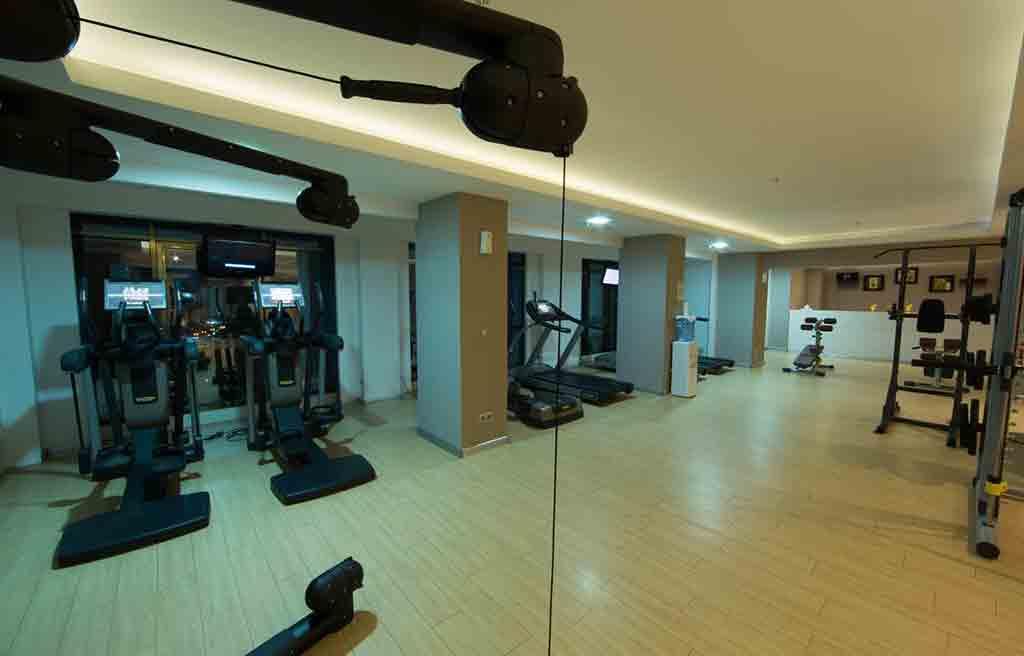 qafqaz-city-hotel-gym