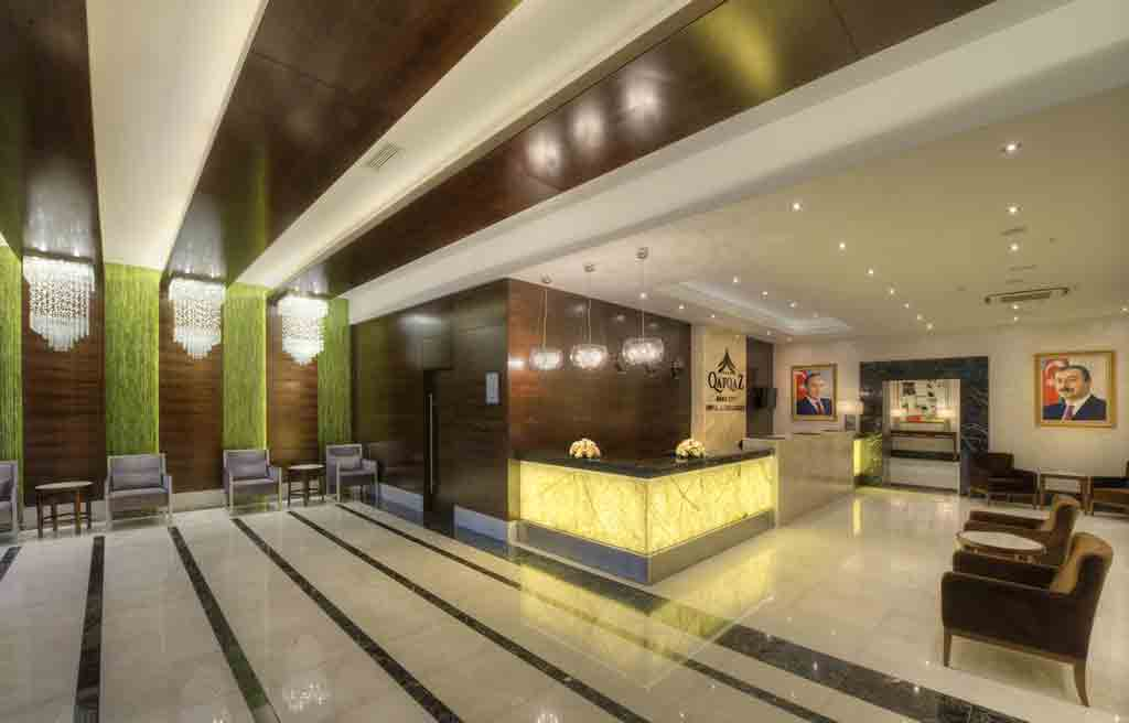 qafqaz-city-hotel-lobby-1