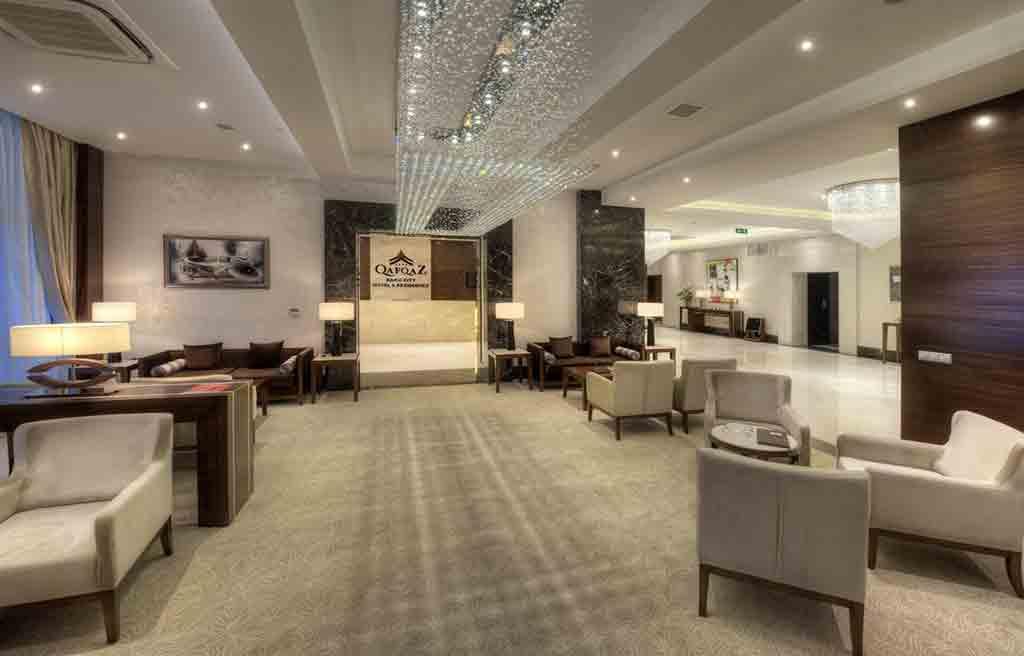 qafqaz-city-hotel-lobby