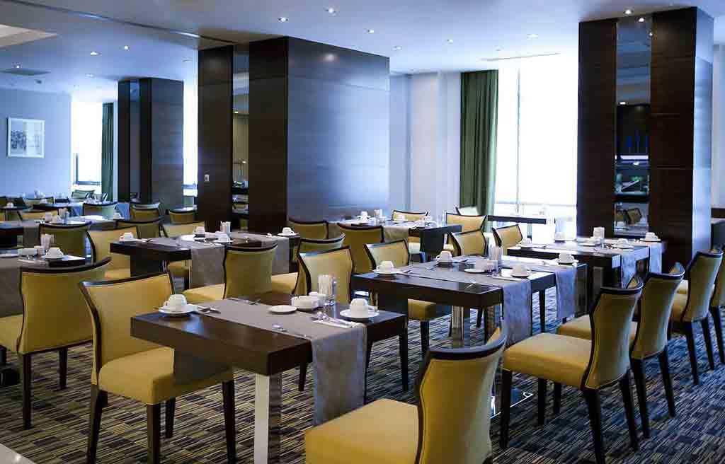 qafqaz-city-hotel-restauraant-1