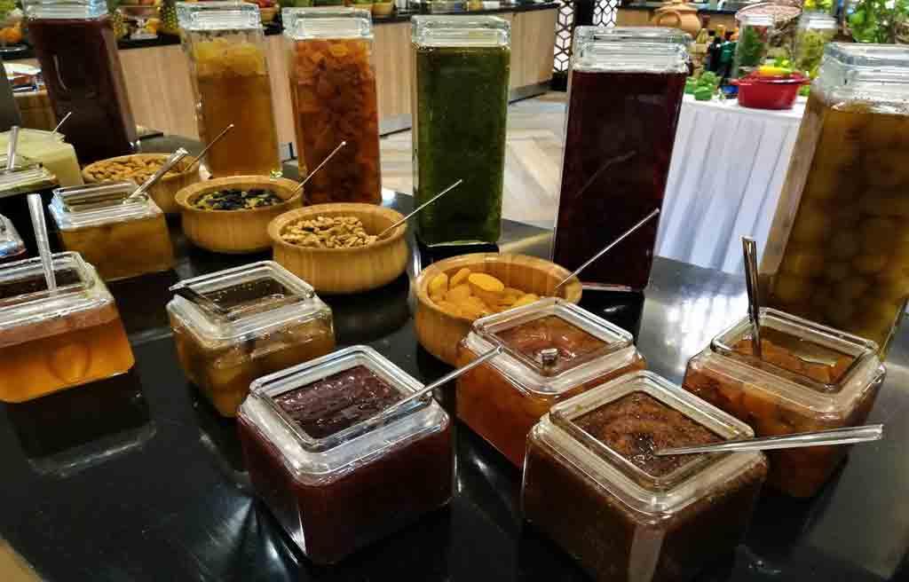 rich-hotel-food