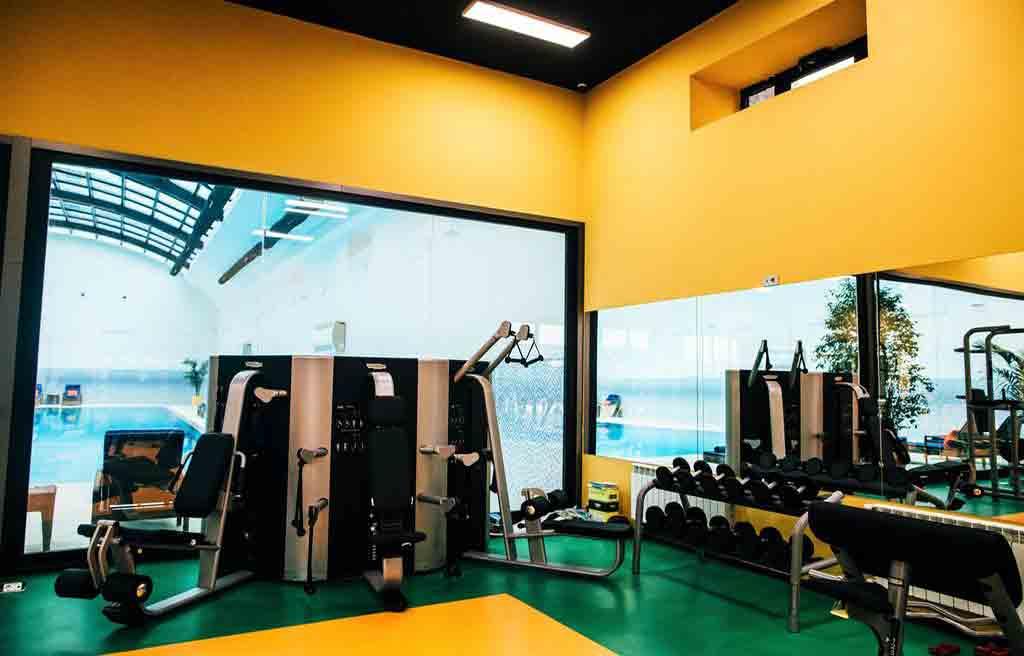rich-hotel-gym-1