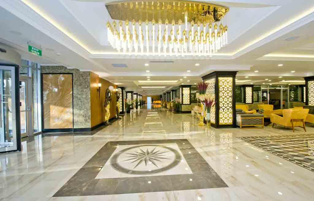 rich-hotel-lobby-3